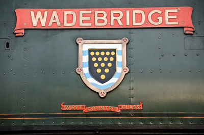 Nameplate and Cornish coat of arms on 34007