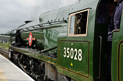 35028 'Clan Line' at Weymouth