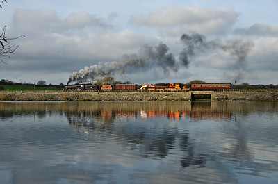 73129 crossing Butterley reservoir