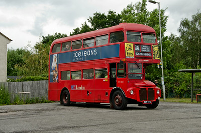 RM1804 at South Mimms