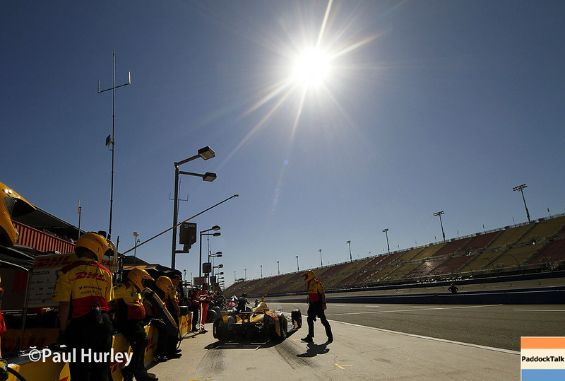 August 29: Ryan Hunter-Reay during MAVTV 500 practice and qualifications at Auto Club Speedway.