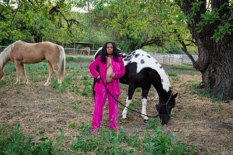 DAISY_ROSE_COBY_2021_PAULIS_EQUESTRIAN_MATERNITY_SESSION_0020