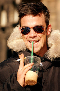 ....Old pal Robbie Williams pictured on the Royal Mile in Edinburgh.