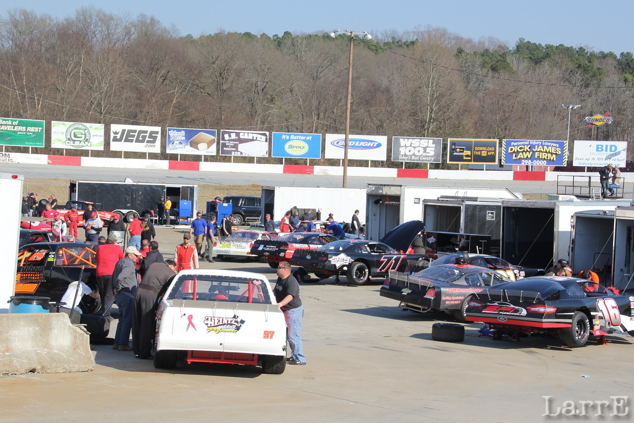 "the ""lower pit"" was filled with local talent, and Southern Truck teams"