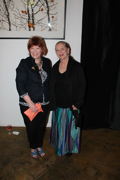 Linda Sims, Amy Peoples