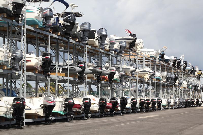 Garage à bateaux, pas commun pour des savoyards (Arzon, Morbihan)