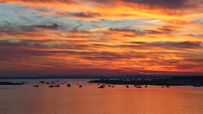 Lever de soleil sur Kerlouan, toujours et encore...<br /> (Bretagne ; Finistère)