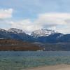 Ballade en vélo jusqu'au Lac d'Annecy, Timothé découvre cette drôle de mer intérieure.