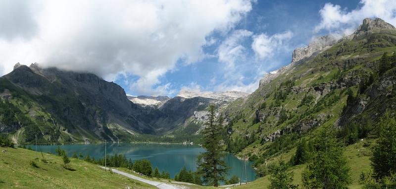 Barrage de Tseuzier dans le Valais