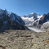 Tête du Couvercle. A quelques centaines de mètres du sentier du Couvercle sur-fréquenté, un havre de paix plein sud avec vu sur les géants du Massif du Mont-Blanc.