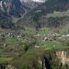 Massif de la Lauzière : la végétation se réveille autour du village de Pussy.