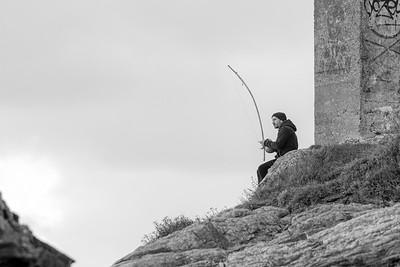 Joueur de musique solitaire à une corde (Lonely one-chord music player)