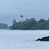 Baie de Taravao sous la pluie - Tahiti -