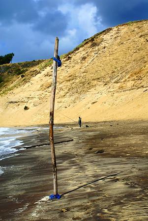 Au pied de la Dune - Côté Nord - un pêcheur