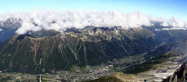 Vallée de Chamonix-Mont-Blanc vue depuis l'Aiguille du Midi - 2015