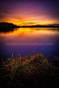 Blue Hour on the Tyx pond in Auvergne