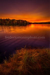 Sunset on the Tyx pond in Auvergne