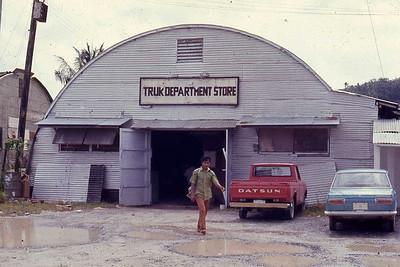 Truk Trading Company. Moen.