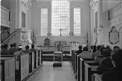19760111 Guru at Christ Church_25