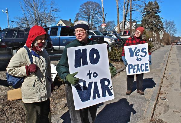16.02.27 Lenten Vigil for Disarmament at General Dynamics/Bath Iron Works in Bath