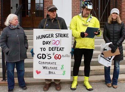 18.03.03 Lenten Peace Vigil for Disarmament at GD/BIW in Bath
