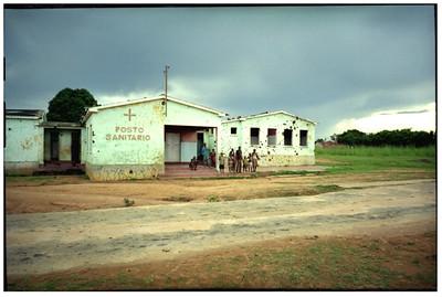 Sanitarium, Angola, 1995