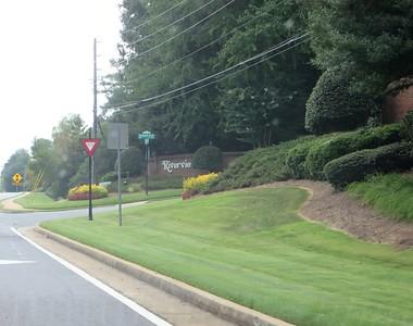 Riverview Peachtree Corners GA Neighborhood (1)