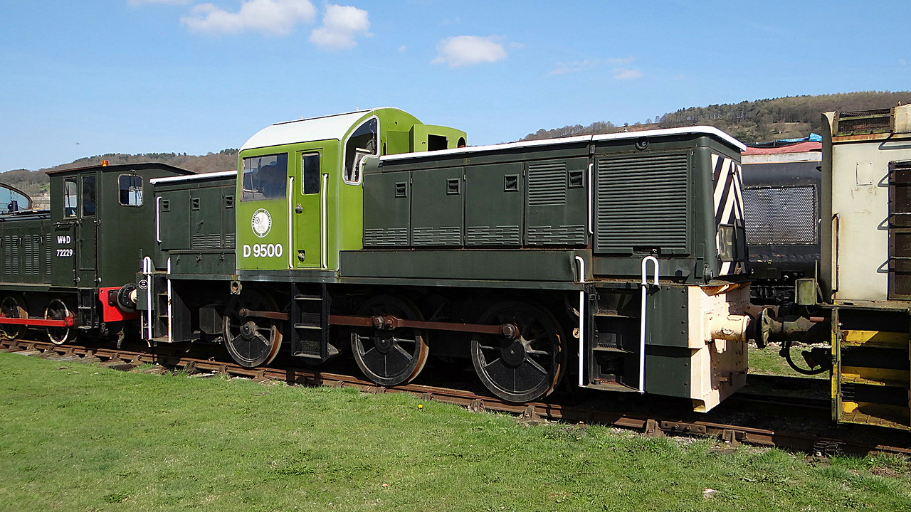 BR D9500 Sdn 0-6-0DH 01,04,2012