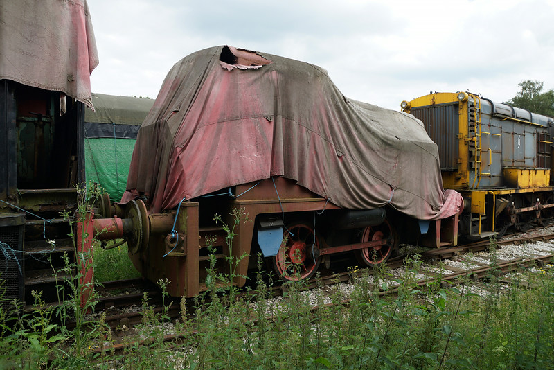 SH 2679 YE 0-4-0DH  21,06,2014  (From Hollycombe Steam Liphook)