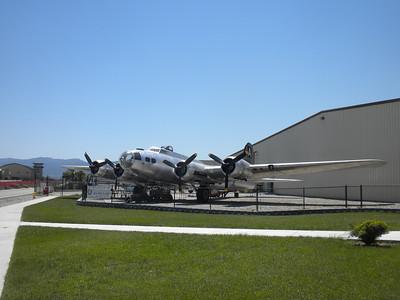 B-17G Planes of Fame, Chino