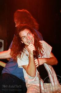 Mookie-Blaylock-Pearl-Jam-1991-02-15_Y