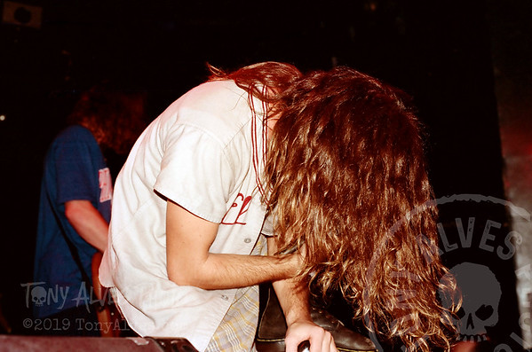 Mookie-Blaylock-Pearl-Jam-1991-02-15_L