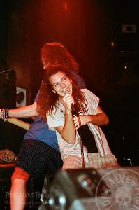 Mookie-Blaylock-Pearl-Jam-1991-02-15_Y-2