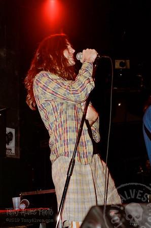 Mookie-Blaylock-Pearl-Jam-1991-02-15_H-2