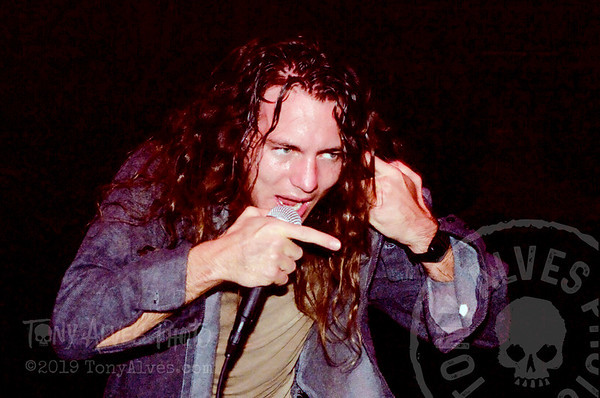 Pearl-Jam-1991-09-30_23