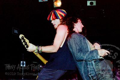 Pearl-Jam-1991-09-30_25-2