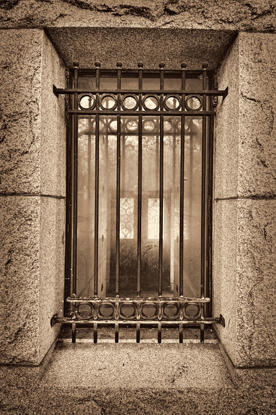 """Entrance to the Outer Door"" - HDR - Mausoleum - Glenwood Cemetery, Houston, TX"