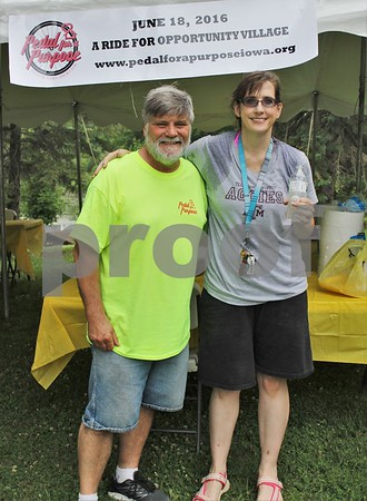 Special Events Coordinator Gordon Peterson, 1st finisher Anna Toohey