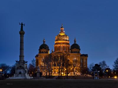 Iowa State Capitol at Night - 40w x 30h - Color No Border