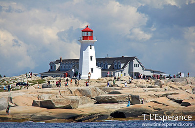 Busy day on the rocks at Peggy's Cove.