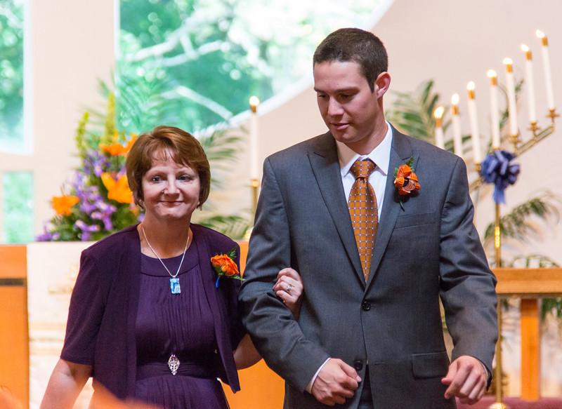 2013-09-01_[008]_Megan & Chris Lapore Wedding