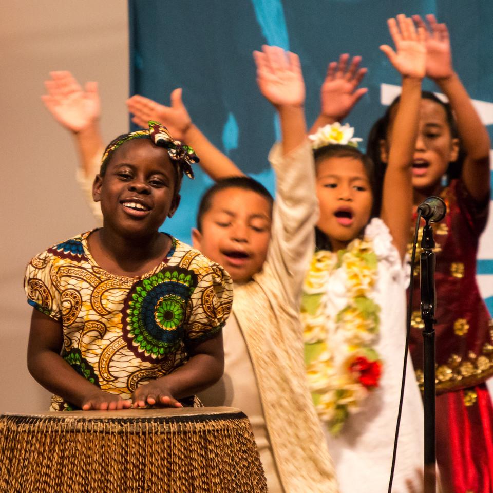 2013-10-16_[248]_PUMC Children of the World