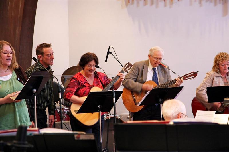 PUMC Common Ground-Praise-Bells-Adult Choir (27)