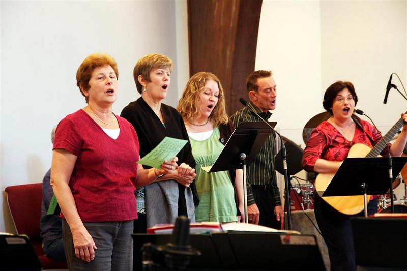 PUMC Common Ground-Praise-Bells-Adult Choir (26)