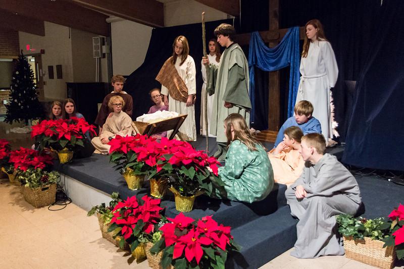 2012-12-24_[033]_PUMC Youth Nativity