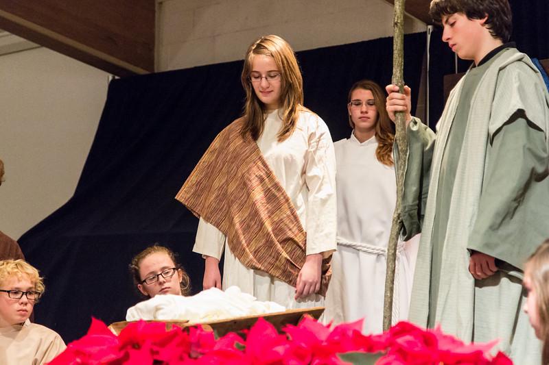 2012-12-24_[056]_PUMC Youth Nativity