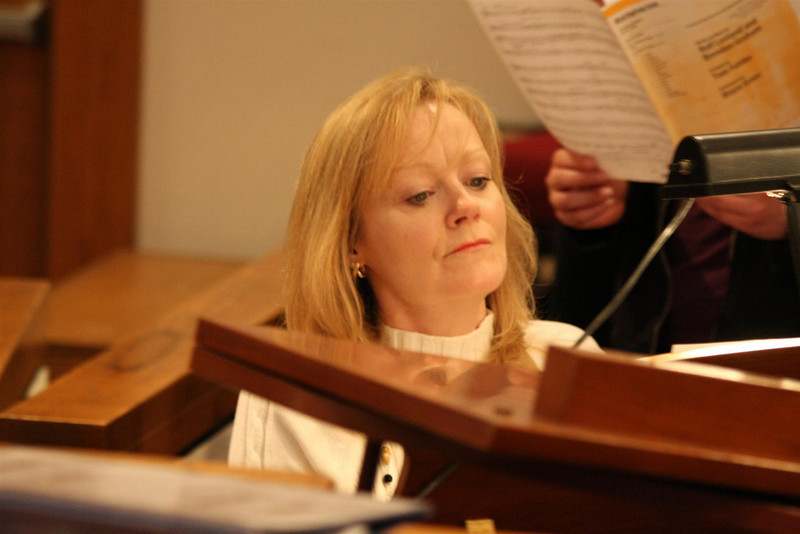 PUMC Youth Choir Rehearsal 2009-03-15 (27)