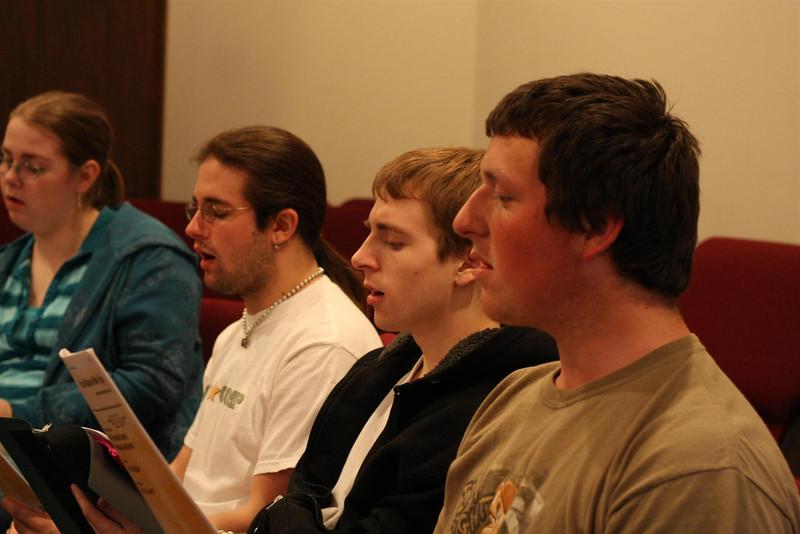 PUMC Youth Choir Rehearsal 2009-03-15 (39)