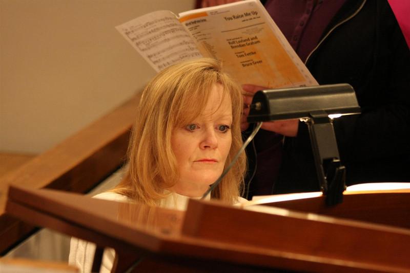 PUMC Youth Choir Rehearsal 2009-03-15 (22)