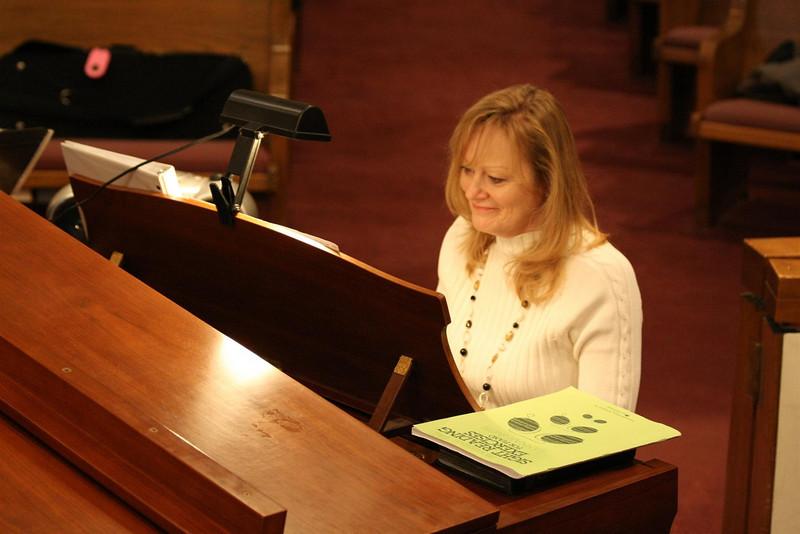 PUMC Youth Choir Rehearsal 2009-03-15 (20)